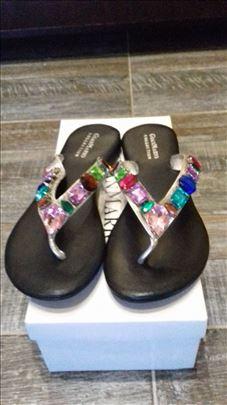 Papuče / sandale više modela Italija Novo
