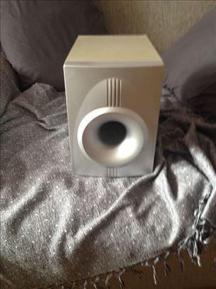 Izuzetno kvalitetan zvucnik
