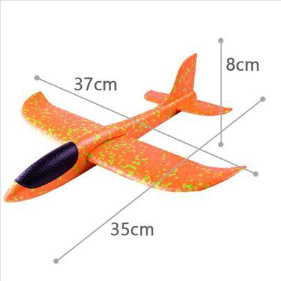Avion narandžasti