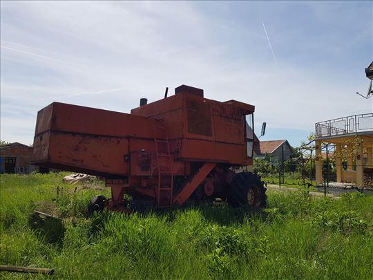 Kombajn 143 Zmaj - Žitni