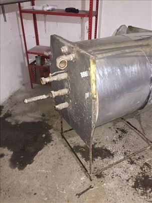 Akumulacioni bojler za sanitarnu vodu za centralno