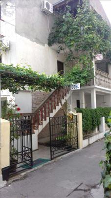 Crna Gora, Budva, sobe i apartmani