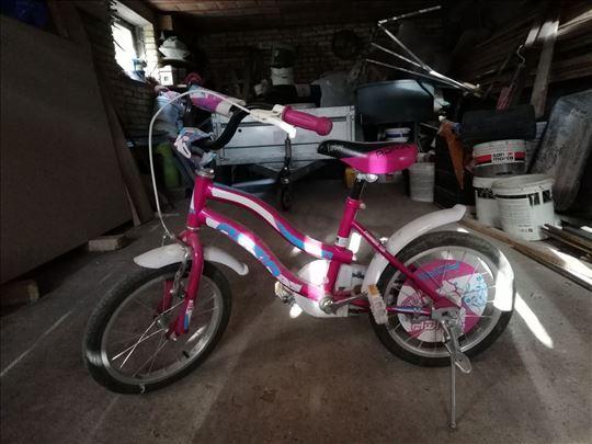 Na prodaju dečiji bicikl