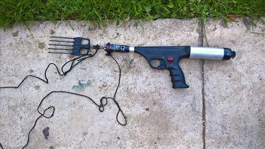 Podvodna puška sa Harpunom