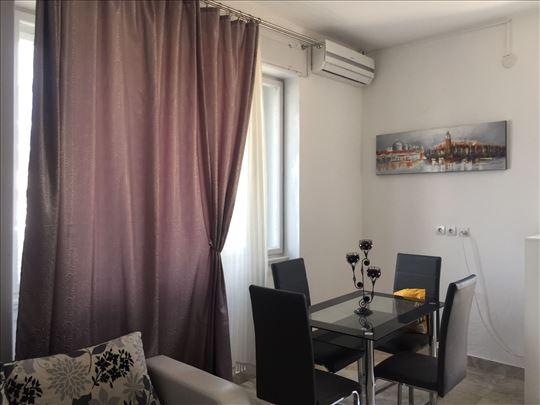 Crna Gora, Budva, apartmanstari grad