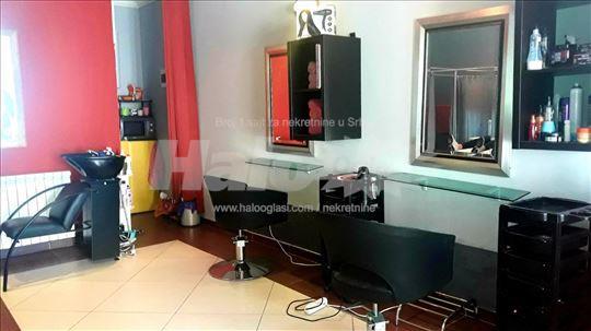frizersko-kozmetički salon lux opremljen 13