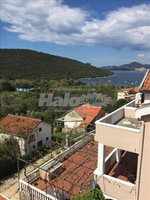 Prodaja stana u Bigovi-crnogorsko more