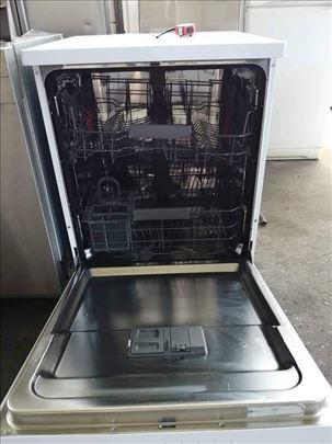 Bauknecht polovna masina za pranje sudova
