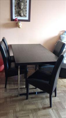 HITNO, prodajem trpezarijski sto sa 6 stolica!