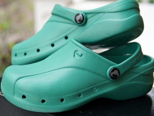 Klompe i papuce broj od 36- 46 Klompe za zdravstvo