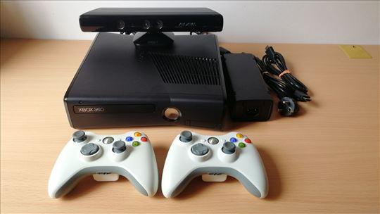 XB360 čipovan 250GB + kinect + 2 džojstika + igre