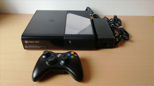 XBOX 360 250GB čipovan RGH sa igrama