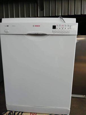 Bosch polovna masina za pranje sudova