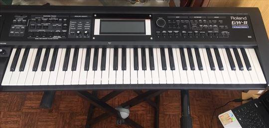 Na prodaju klavijatura (aranžer)