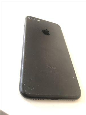iPhone 7, 32GB crna mat