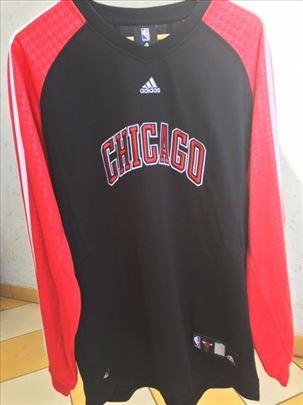 Potpuno nov, nenošen original dres Chicago Bullsa