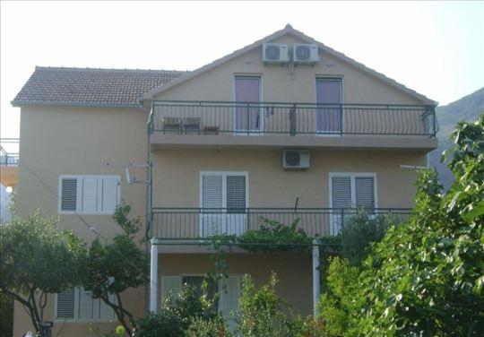 Crna Gora, Bijela, apartman