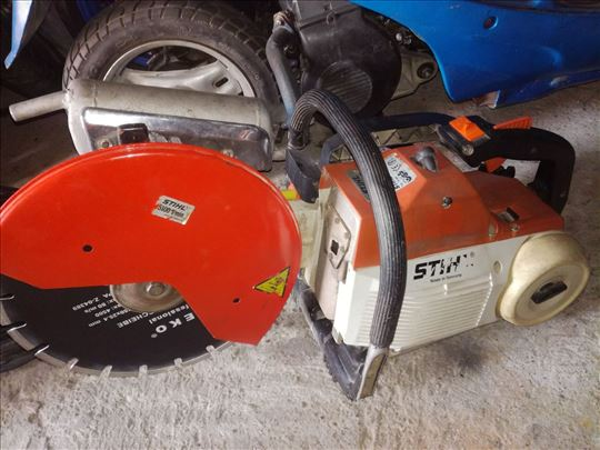 Sečenje asfalta motornom sekačicom