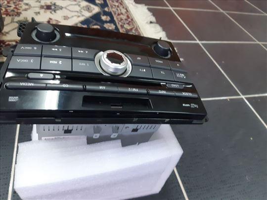 Radio sa cd i mp3 origonal za Mazdu cx7