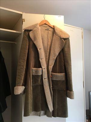 Prodajem kaput