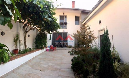 Kuća, Dr Milivoja Babića, Zemun, 151m2/2ara