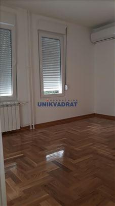 N.Bgd, Bul. A. Čarnojevića, 33, uk., 89.000 ID#162