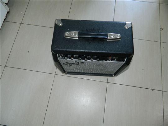 Pojačalo Fender