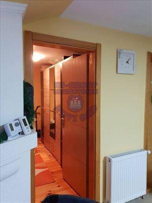 Vrdnik, Centar, Kuća, 4.0, 497m2