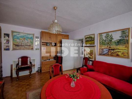 Bulevar Zorana Đinđića lep porodičan stan ID#98929