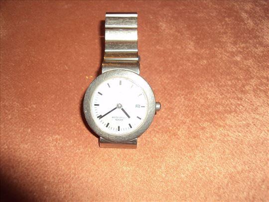 Vrhunski seiko rucni sat -titanium extra. Datumar
