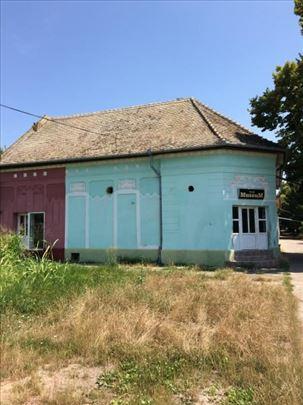 Zgrada-lokal u Debeljači
