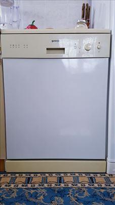 Mašina za sudove Gorenje