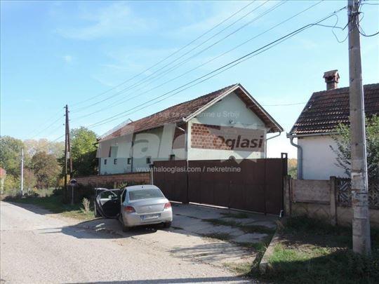 Kuća / gazdinstvo - Vranovo
