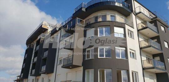 Na prodaju odmah useljiv stan u Loznici