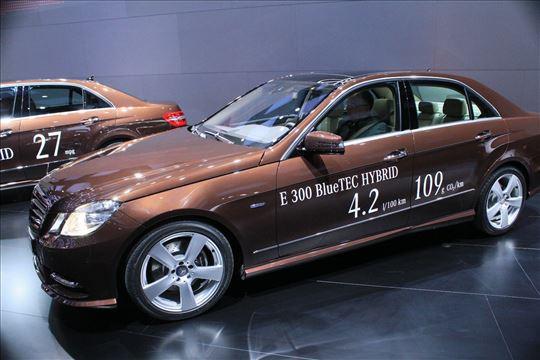 Mercedes E 300 HIBRID bluetec