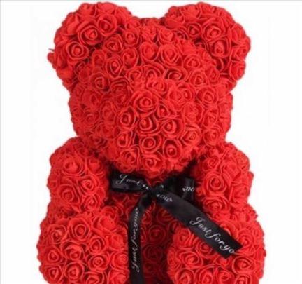 Medvedići od ruža