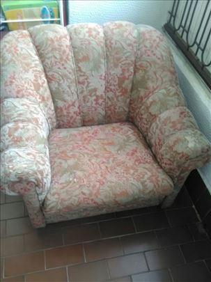 Fotelja na prodaju