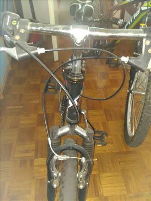 Na prodaju deciji bicikli