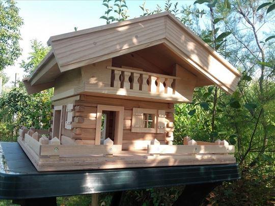 Ukrasna kućica za ptice
