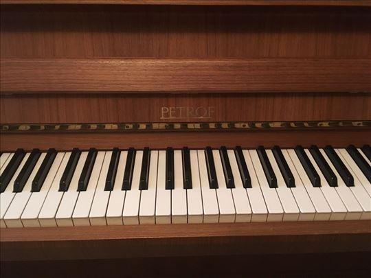 Pianino Petrof, u odličnom stanju