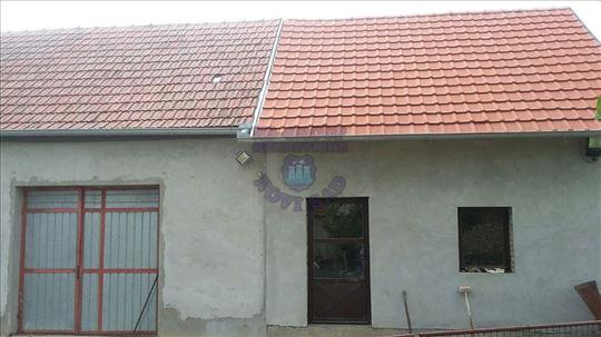 Zmajevo, Centar, Kuća, 155m2