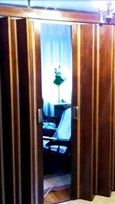 Drvena harmonika vrata
