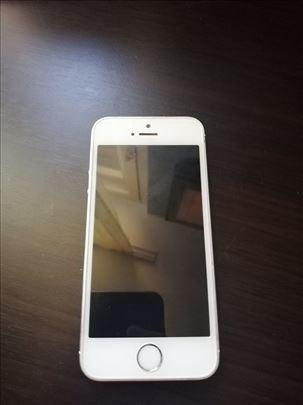 Na prodaju Iphone 5s u odlicnom stanju. POVOLJNO!