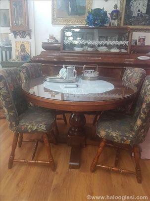 Italijanski trpezarijski sto