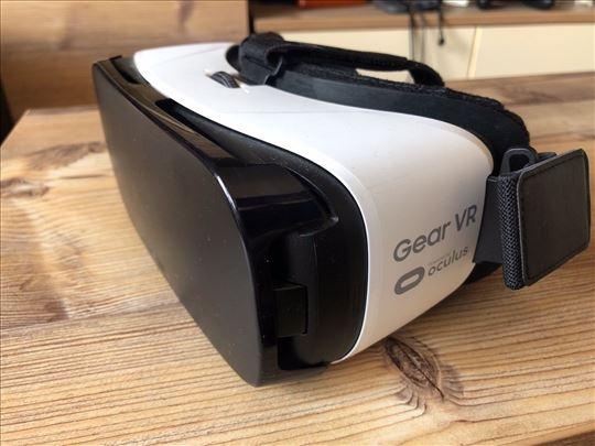 VR naočare Samsung Gear by Oculus