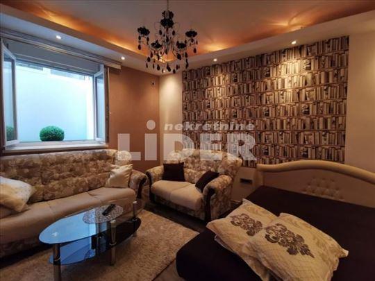 Lux stan na izuzetnoj lokaciji ID#100635