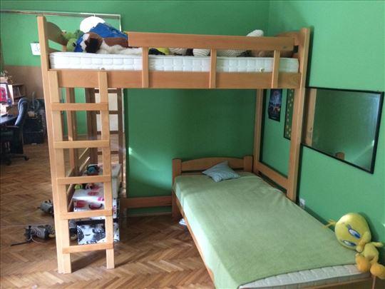 Kreveti na sprat+dva dušeka