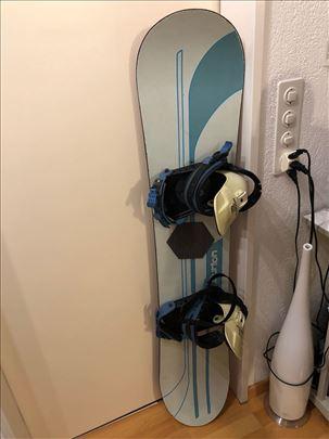 AKCIJA Snowboard br.10 Burton sa vezovima 143 cm