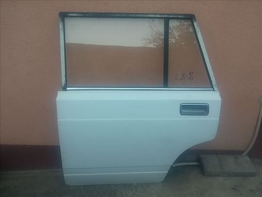 Vrata zadnja leva Lada 2104 Karavan bela ZL2