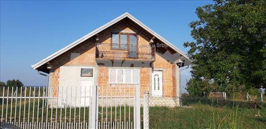 Prodajem kuću u Vrdniku, Venje
